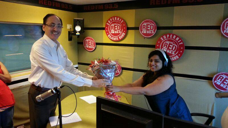 BMC Commisioner visits 93.5 Red FM - Pothole Campaign